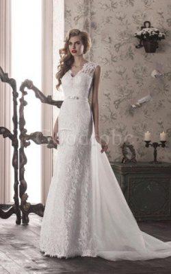 Robe de mariée avec lacets en tulle gaine v encolure ceinture en étoffe – GoodRobe