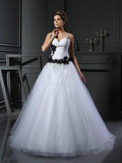 Robe de mariée longue manche nulle appliques avec lacets en tulle – GoodRobe