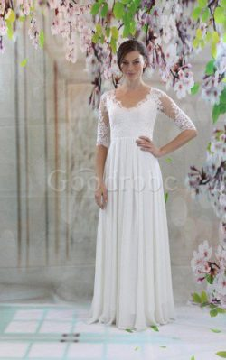 Robe de mariée plissé de col en v avec manche 1/2 en chiffon trou serre – GoodRobe