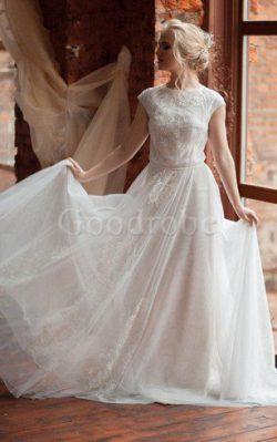 Robe de mariée plissé decoration en fleur col ras du cou a-ligne boutonné – GoodRobe