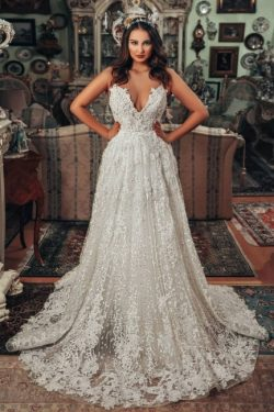 Wunderschöne Hochzeitskleider A Linie | Brautkleider Spitze