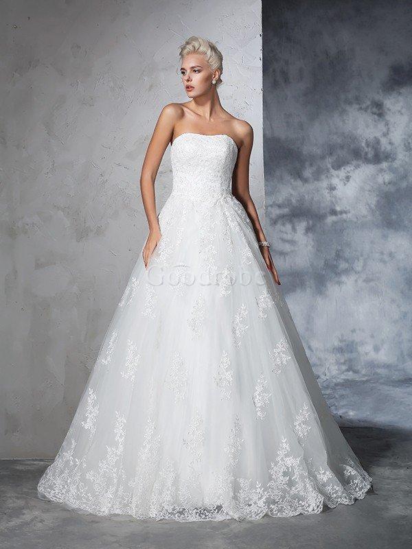 Robe de mariée longue de traîne moyenne de mode de bal de bustier manche nulle – GoodRobe