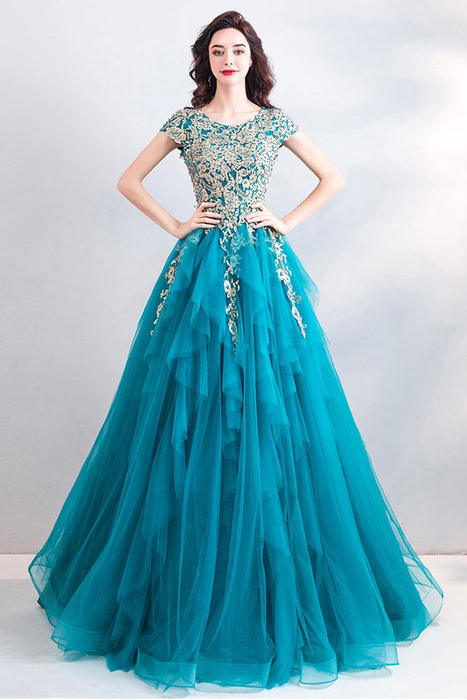 Robe de soirée princesse bleu turquoise mancherons appliqué de dentelle perlé