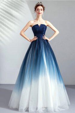 Robe de bal romantique bleu blanc bustier découpé