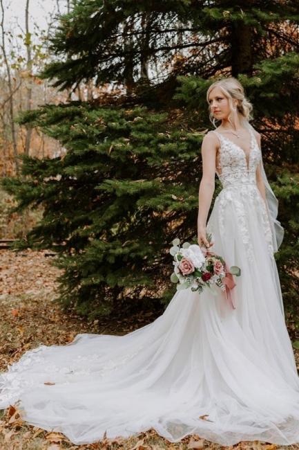 Schlichtes Hochzeitskleid V Ausschnitt   Brautkleider A Linie Spitze