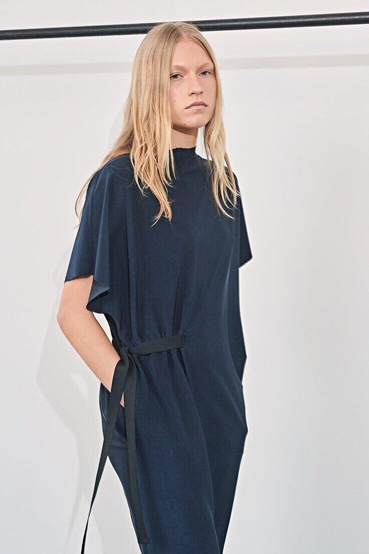 Best Reversible Clothing- Karolina Zmarlak