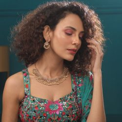 Shop the latest modern Indian jewellery in India