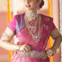 Shop the latest designs of bridal set online | Tarinika
