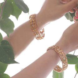 Get amazingly designed antique bangles from Tarinika