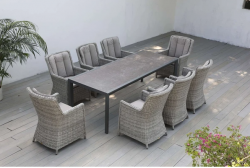 Discover latest outdoor lounge furniture in Australia