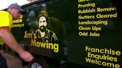 Lawn Mowing Services In Chadstone
