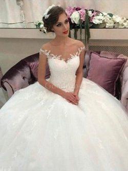 Robe de mariée naturel en tulle de mode de bal de traîne moyenne avec sans manches – GoodRobe