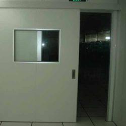 slidiong door
