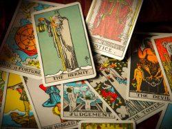 Learn Tarot Card Reading Courses | Tarot reading