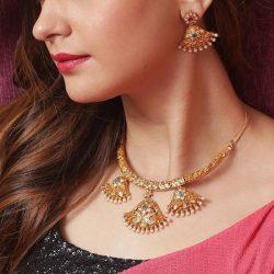 Shop Gorgeous Designs Of Antique Jewellery