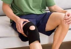What is symptoms of knee pain?