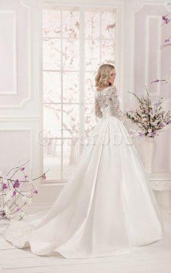 Robe de mariée modeste vintage romantique avec manche longue avec décoration dentelle – Go ...