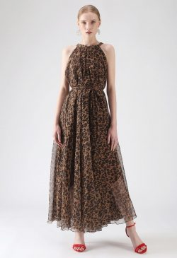 Leopard Printed Outfit Ideas For Women