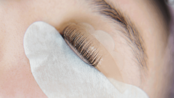 The procedure of the lash lift and how long does it last?
