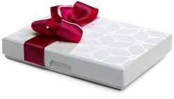 Take the packaging of gift card boxes with amazing designs