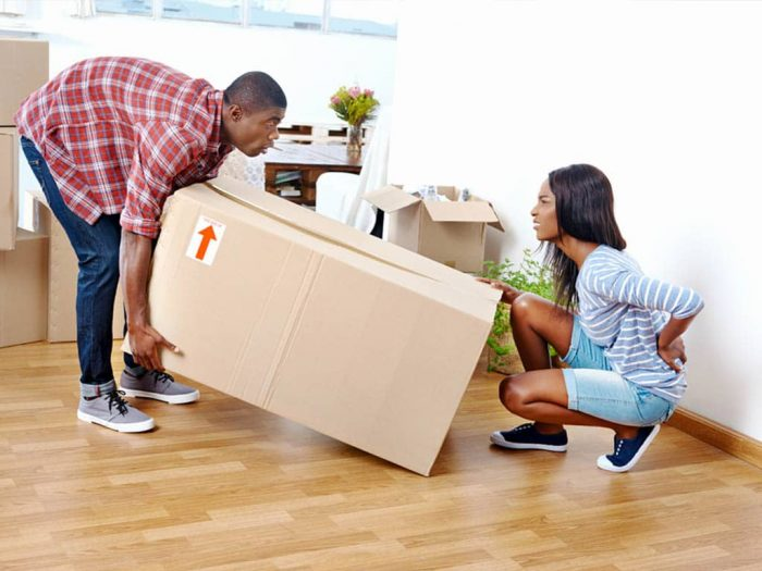 Hiring Movers Vs. Moving Yourself