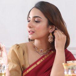 Shop Wonderful Series Of Indian Jewellery Online