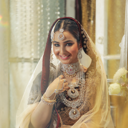 Shop Alluring Designs Of Indian Bridal Jewellery Sets