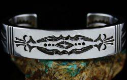 https://www.turquoisedirect.com/product/ned-nez-heavy-gauge-sterling-silver-bracelet-2/