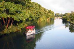 Boat rental service in Oxford