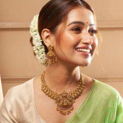 5 Attractive Diwali Jewellery Gifts for the Women You Love – Tarinika