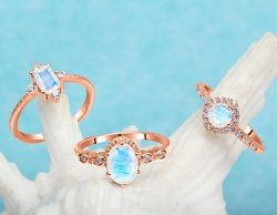 Silver Moonstone Ring Jewelry at Best Price