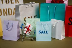 Where Are The Best Black Friday Deals Online 2021? | Bnsds Fashion World