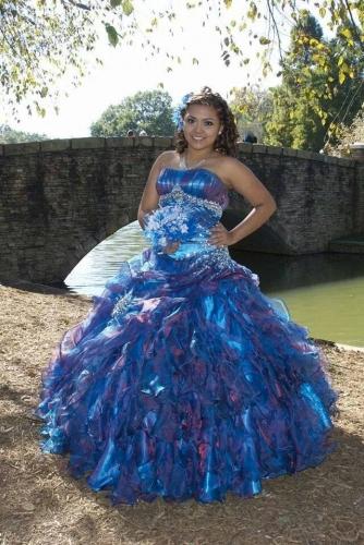 2017 New Beading Rhinestones Sweet 15 Ball Gown Peacock Blue Satin Organza Prom Dress Gown Vesti ...