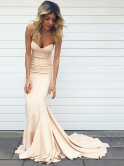 Fashion Sweetheart Silk-like Satin Sweep Train Trumpet/Mermaid Prom Dresses in UK