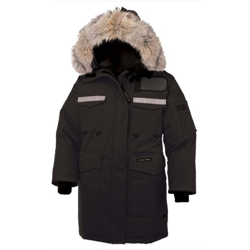 Canada Goose Women's Resolute Parka In Black