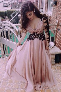 Lace Prom Dresses, Evening Prom Gowns, Long Sleeve V-Neck Prom Dresses