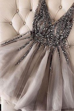 Luxurious Sequins Beaded V-neck Tulle Short Gray Homecoming Dresses – Okdresses